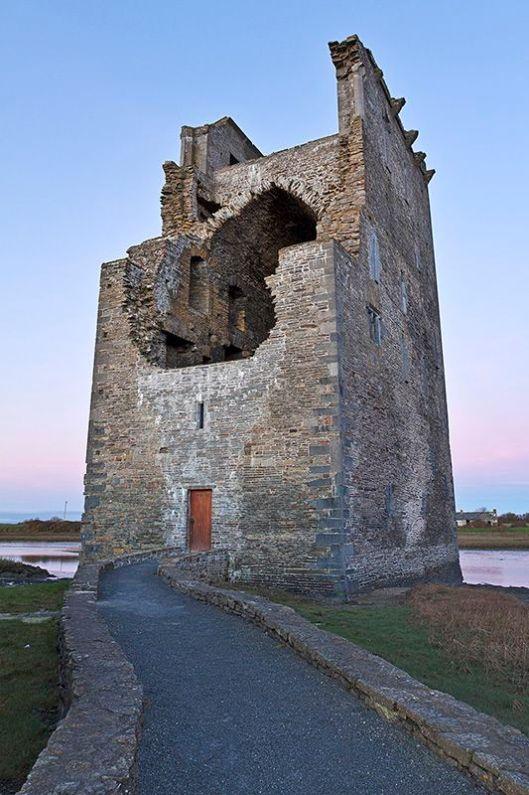 Carrigfoyle Castle, Ballylongford by Kevin Langan